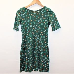Size L 10/12 Girl Dress